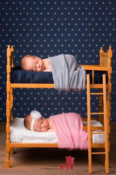 Twin Newborn photography  www.theredelephantstudio.com