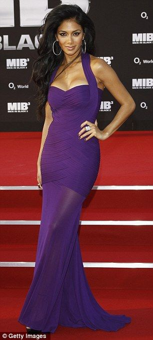 Nicole Scherzinger- Forever one of the most beautiful women in this planet!, I'am in love with this color!!!!!
