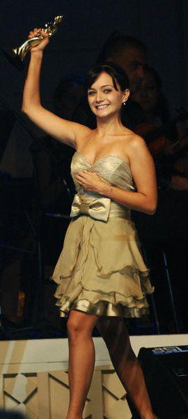 Turkish Actress, Damla Sönmez.