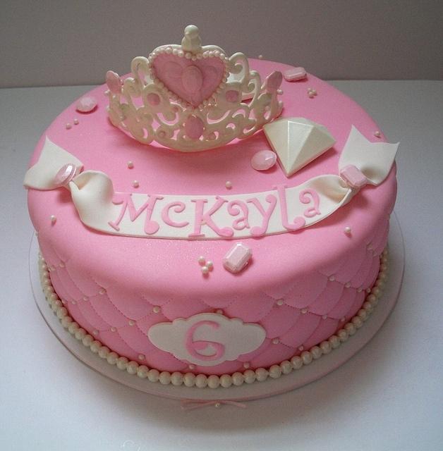 Pink princess #cake, all #edible.