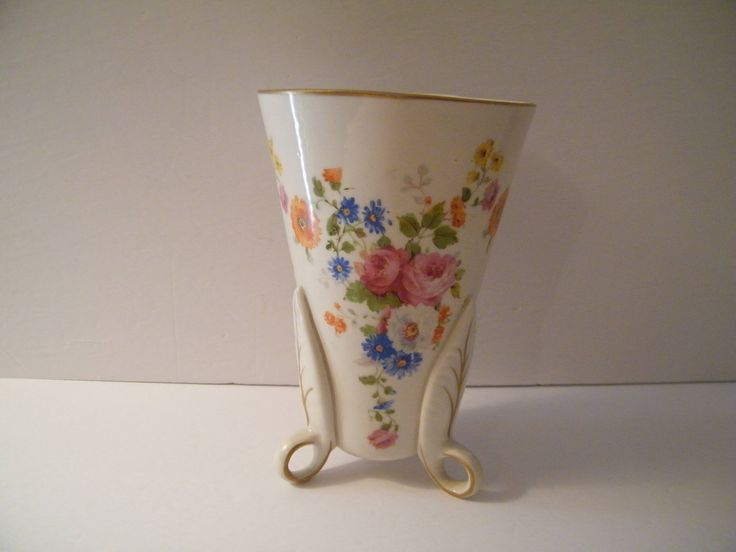 Styson China USA footed Vase wheat flower pattern, Vintage three toed conical planter has poppies, roses, and wheat flowers, gold accent, by Terrystreasuretrunk on Etsy
