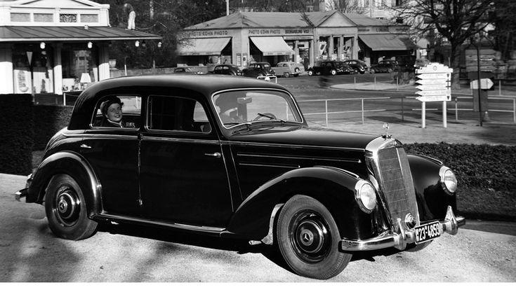 Mercedes-Benz 220 (W 187), photo taken in Baden-Baden.