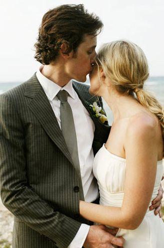 perfect wedding ponytail