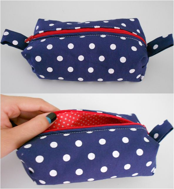 Moda Na Janela: DIY: Bolsinha de Tecido: Diy Diy, Crafts Ideas, Favorite Places, Fabric, Bolsinha De, Its, Cores De, Fabric Color Pink