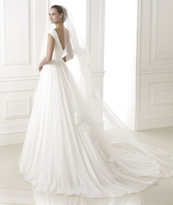 New BELUGA Wedding Dress pronovias
