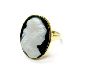 Banded Agate Cameo