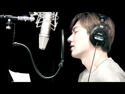 "20111205 ; Lee Min Ho singing ""My Everything"" in Asia tour Beijing Railway Station ! - YouTube"