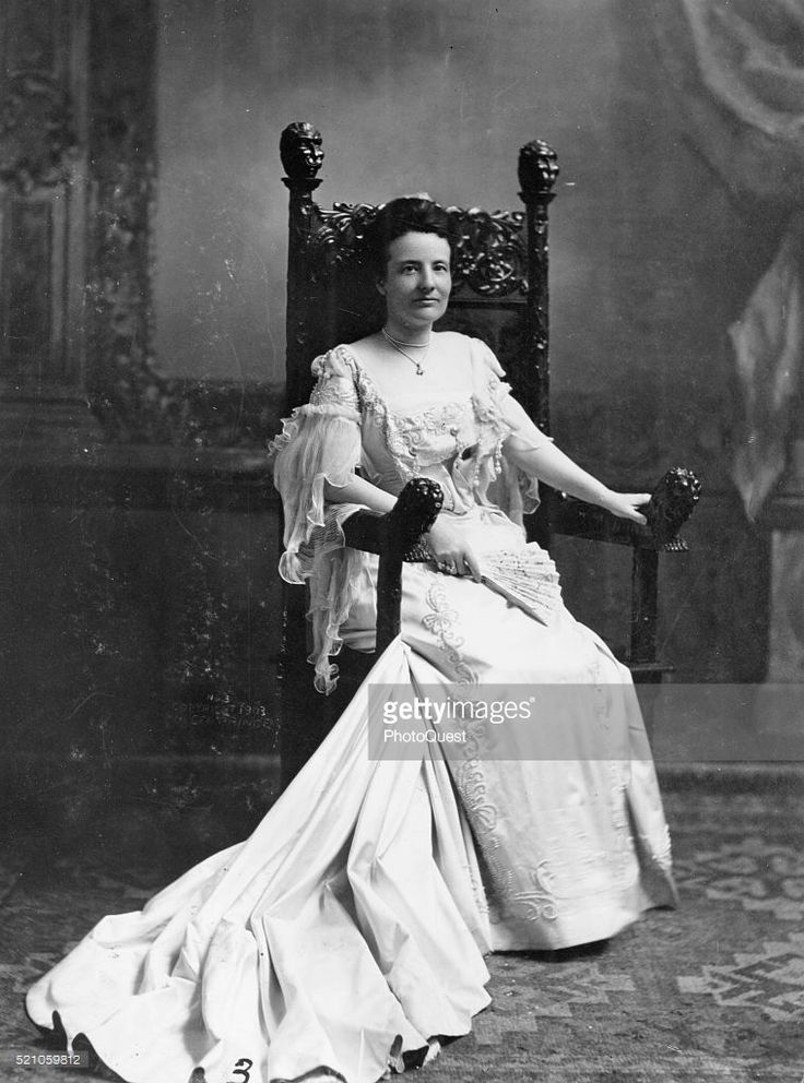Portrait of American First Lady Edith Roosevelt (nee Carow, 1861 - 1948), Washington DC, early 1900s.