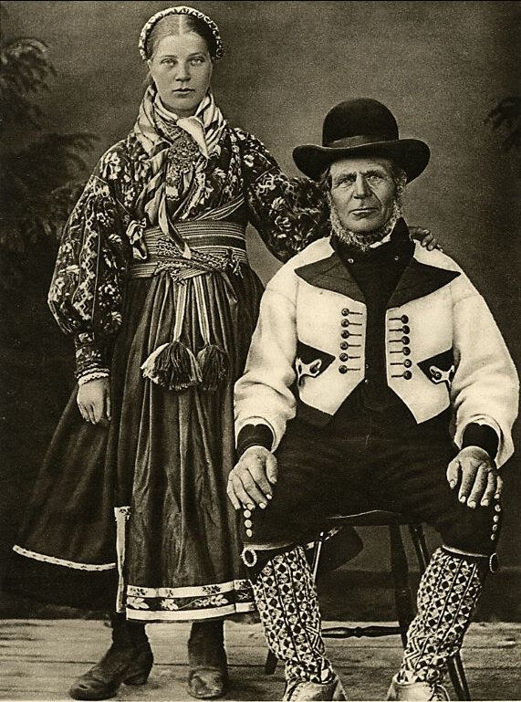 Couple from Telemark around 1900