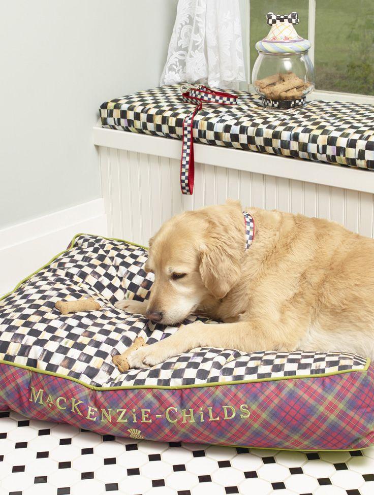 I wonder if puppies dream in checks?