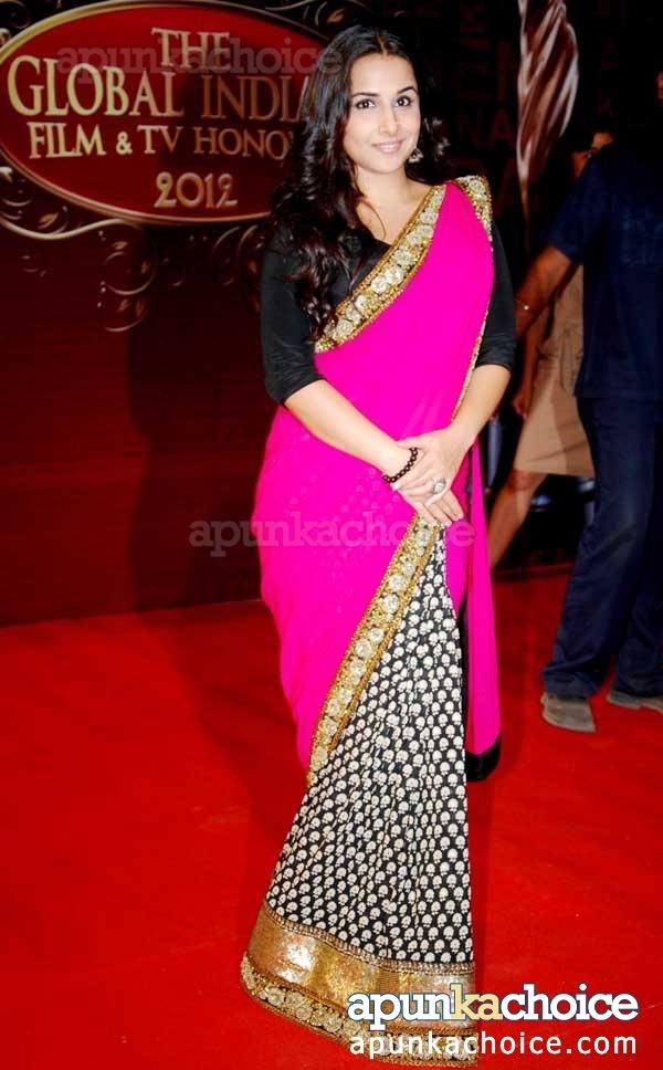 Love the sari.