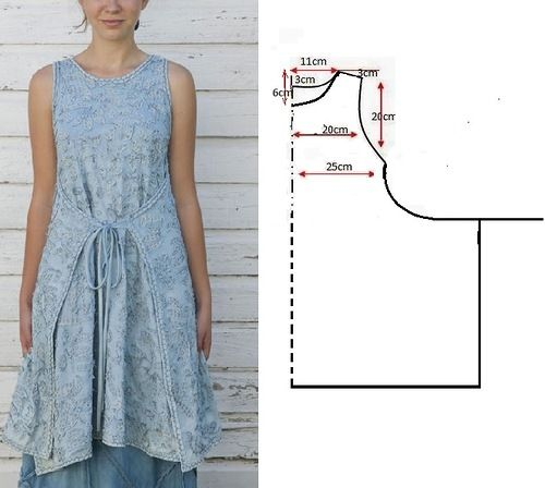 tied in the back, this is an apron back tunic