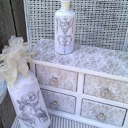 How to Transform old furniture with lace and spray paint