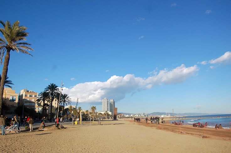 Beach in Barcelona by ctsnow. CC BY 2.0.