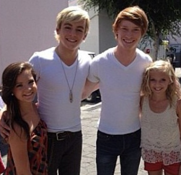 Ross Lynch and Calum Worthy with Brooke and Paige Hyland
