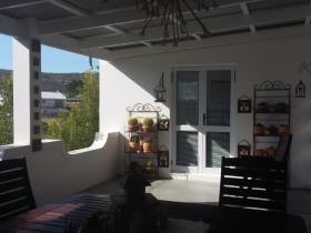 2 Bedroom House for sale in Stilbaai Wes - Stilbaai