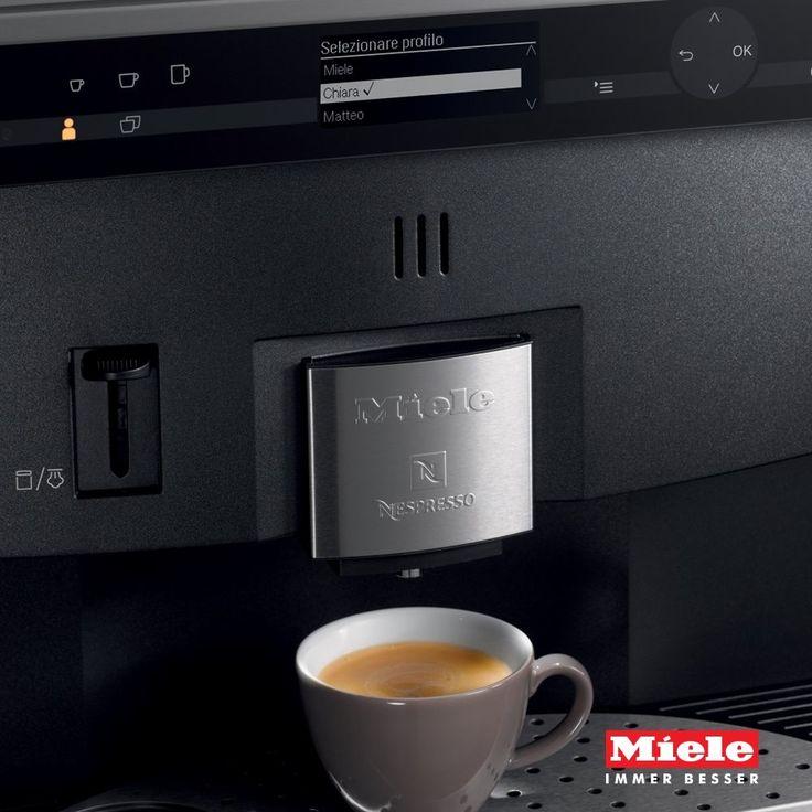 Il caffè del mattino è un rito e con le macchine Mìele diventa anche un piacere  #technology #innovation #instacoffee #mìele #showroom #rossimobili1975
