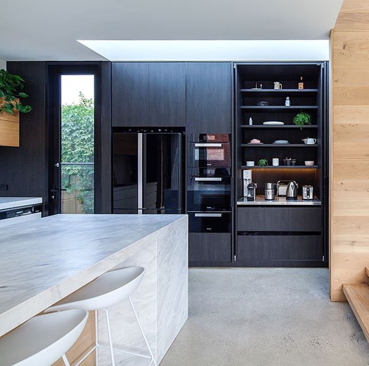 An award winning kitchen using Elba for the island, from @cosinteriors @architects_tw @afc_builders  #cdkstone #elba #elbamarble #dolomite #naturalstone #naturalbeauty #naturesmasterpiece #kitchendesign #kitchenlove #kitcheninspiration #designinspiration #lithofin