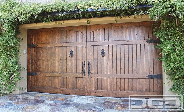 10 Rustic Garage Door Hardware Rustic Furnitures Design In 2020 Garage Doors Custom Garage Doors Garage Door Types