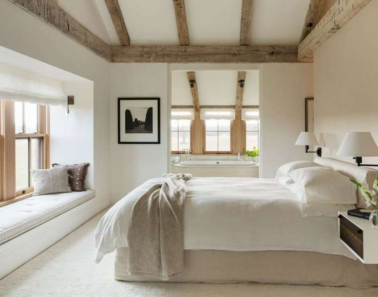 Arredare la casa in campagna in stile chic moderno - Camera da letto con bagno