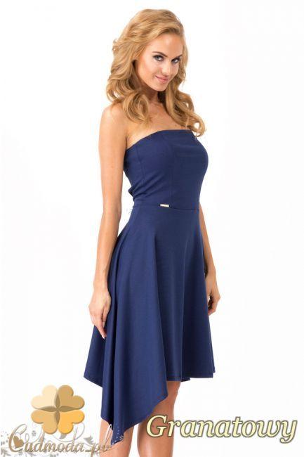 Asymetryczna sukienka damska wielkości midi z dopasowaną górą marki Makadamia.  #cudmoda #moda #styl #ubrania #odzież #clothes