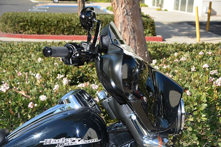 Wild 1 Inc. Online Catalog Customer Bikes - Handlebars, Skull Covers, Parts and Accessories for your Harley Davidson.