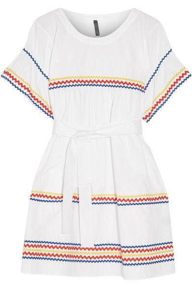 Lisa Marie Fernandez is our go-to for pretty, vacation-ready pieces. This 'Fiesta' dress is cut from lightweight cotton-poplin and trimmed with rickrack ribbons in bright primary colors. Use the self-tie waist belt to create your perfect fit. Wear it with a cross-body bag and sandals to lunch or while sightseeing.