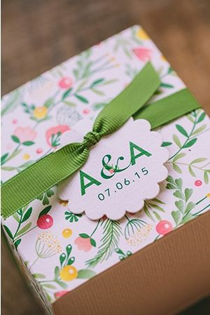 Floral colorful wedding favors - Find all details and vendors on http://www.love4weddings.gr/the-wedding-real-bride/