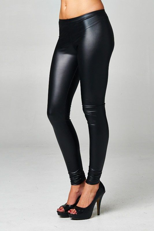 The perfect fall leggings. Elastic at waist and is made of a medium weight soft pleather fabric that has stretch to it. Fits true to size.