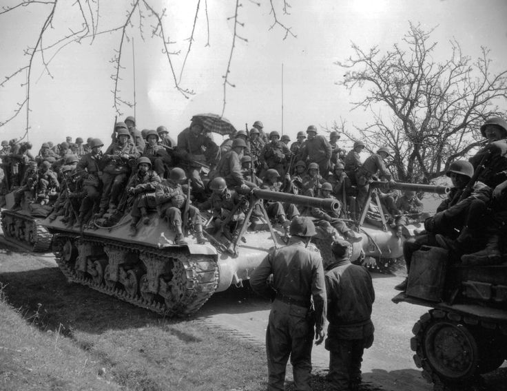 How many GI's can you cram on an M10 Tank Destroyer?