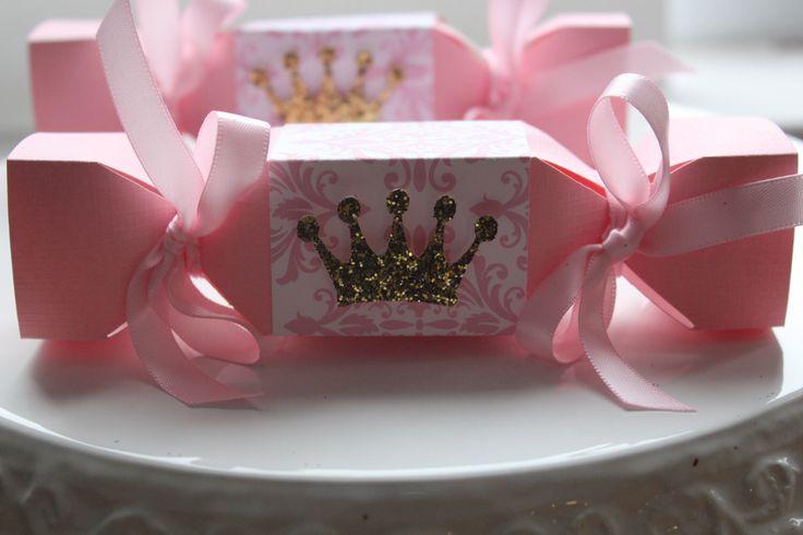 Cracker Candy Box, Princess Candy Box, Princess Party Favors, Princess Party Decor, Princess Favors, Princess Party by FavorsAndMemories on Etsy https://www.etsy.com/listing/468067753/cracker-candy-box-princess-candy-box