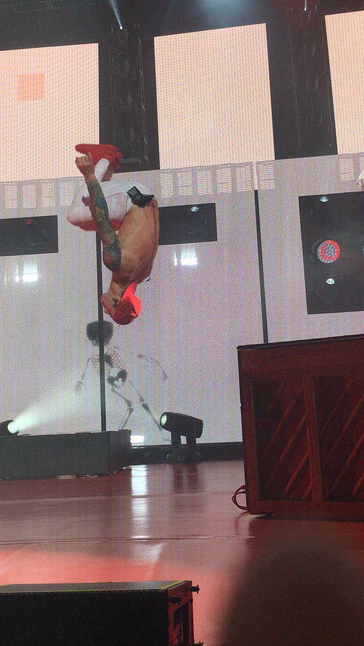 Josh Dun Twenty One Pilots Emotional Roadshow 6/3/16 Clarkston, MI
