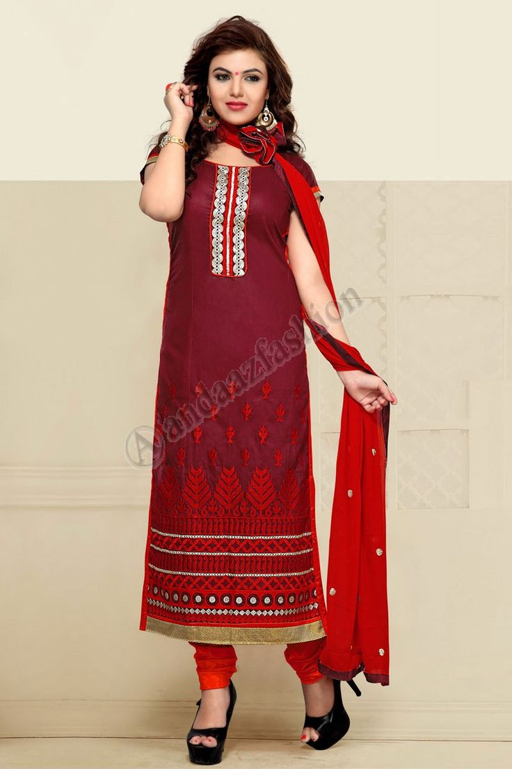 Rouge Coton Ensemble Churidar avec Dupatta Conception n ° DMV7345 Prix- 44,15 € Type de robe: Ensemble Churidar Tissu: Coton Couleur: Rouge Décoration: brodé, Resham, Zari Pour plus de détails: - http://www.andaazfashion.fr/red-cotton-churidar-suit-with-dupatta-dmv7345.html