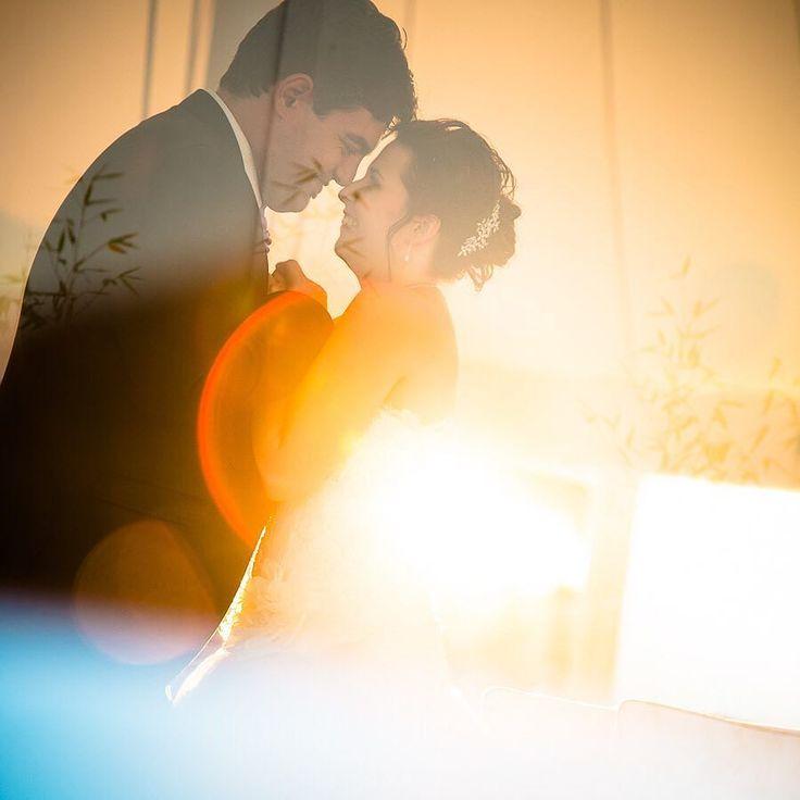 Qué tendrán los atardeceres... #evavictor #nofilter #wedding #weddingday #weddingexperience #weddingphotographer #huge #elegance #hapiness #madrid #instalove #portrait #boda #amor #atardecer #spain #destinationphotographer #felicidad #fotodeboda #fotografosboda #bodaenmadrid #love #light #couple #mywork #tonyromero