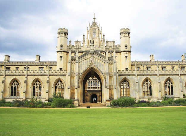 25 places you can visit outside of London on a day trip. Cambridge