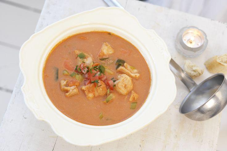 Rød fiskesuppe: En herlig suppe med mye god mat i.