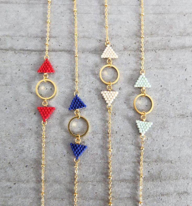 Le produit Bracelet fanions nouvelle édition est vendu par My-French-Touch dans notre boutique Tictail. Tictail vous permet de créer gratuitement en ligne une boutique de toute beauté sur tictail.com