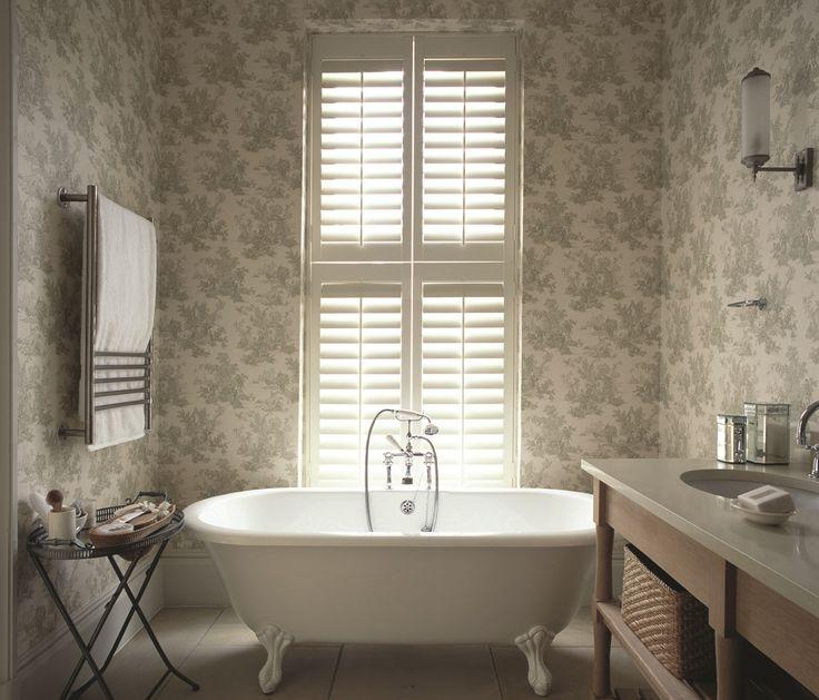 Beautiful bathroom tier-on-tier window shutters