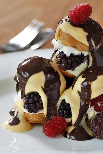 Summer berry profiteroles - Wow! mouth watering