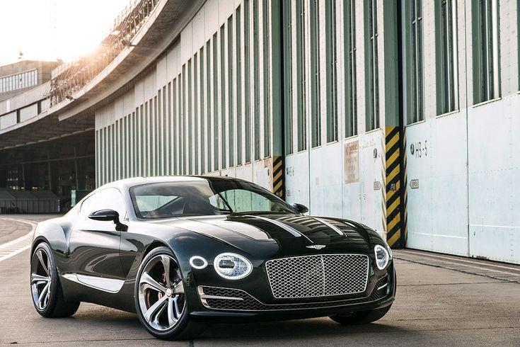 Von der Messe ins wahre Leben: Wir durften eine exklusive Fahrt im Bentley EXP 10 Speed 6 unternehmen.