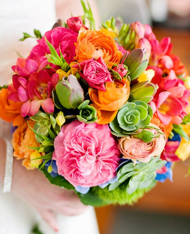 "Ideas #mexicanweddingstyle #bodaseestilomexicano #bodasenlaplaya #beachweddings #partyboutiquecancun #boda # weddings #flowers #ramonovia #bouquetbride, sonia@partyboutiquecancun.com, partyboutiquecancun@gmail.com <a href=""http://www.theknot.com/weddings/album/a-colorful-mexican-wedding-in-san-francisco-ca-143506"