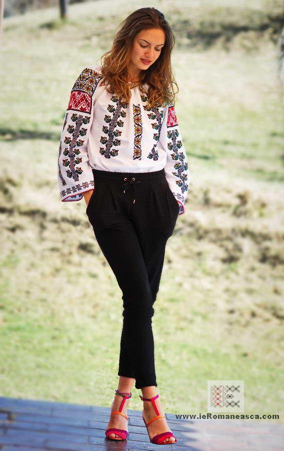 100% hand stitched Romanian blouse  from Moldova - ie romaneasca - folk fashion - vyshyvanka worldwide shipping #vyshyvanka #romanianblouse #ia #ieromaneasca #bohostyle #bohemian #fashion #embroidery #handmade