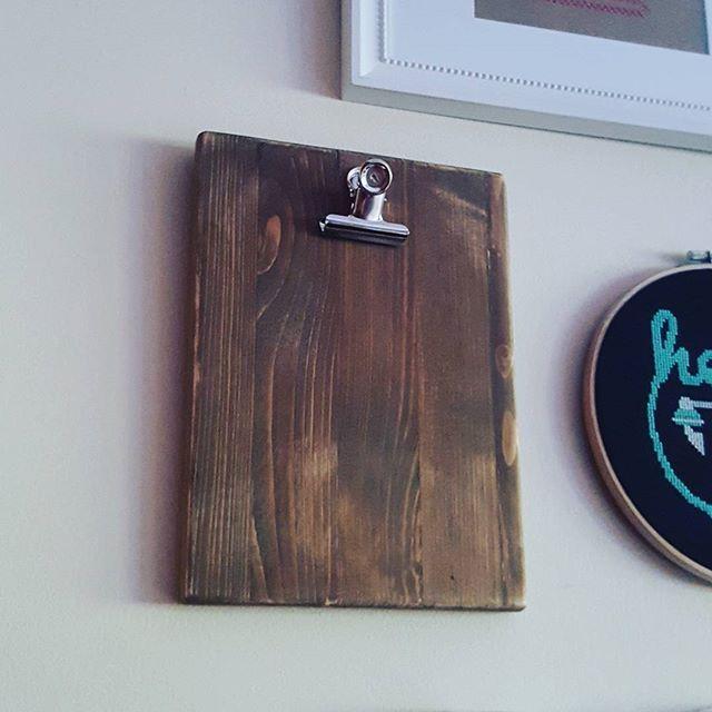 #clipboard #wood #diy #diyproject #lovedoingthis #makersgonnamake #craftsposure #myroom #craftygirl #abmcrafty #handmade #makersmovement #makersvillage #modernmaker #instaxidoproyect_pt
