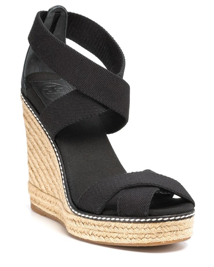 Simple Black Wedge Shoes