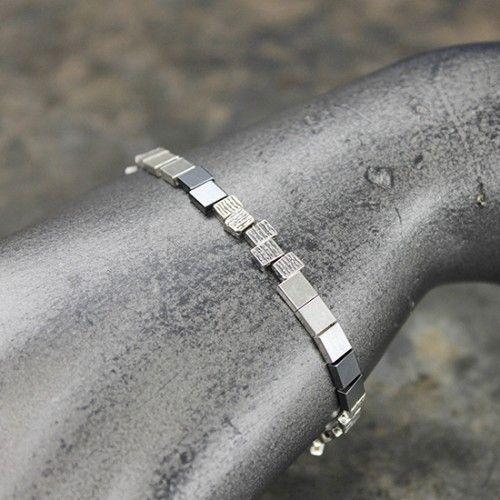 13404 – Armband zilver met vierkantjes