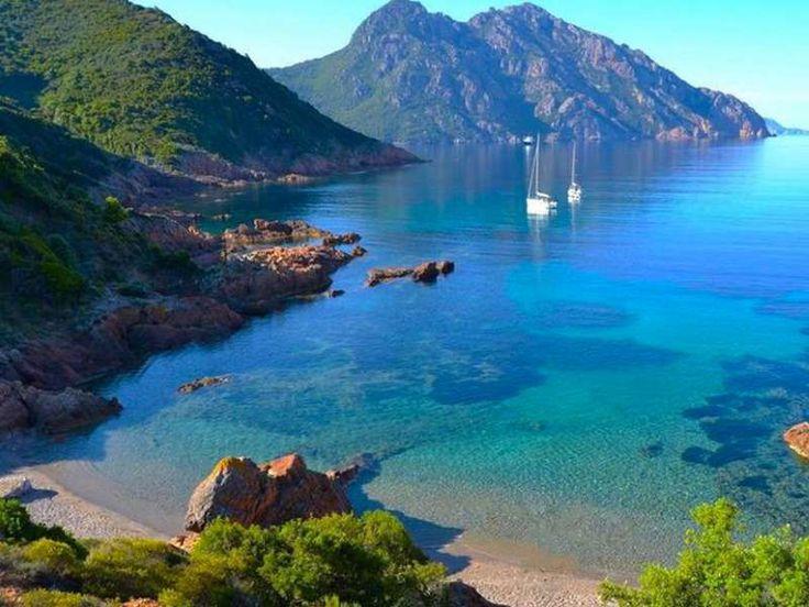 La plage de Girolata (Osani)Le paradis, sous le soleil exactement. - Pinterest