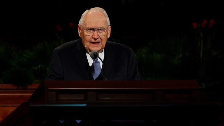 Elder L. Tom Perry Dies at Age 92. So sad with news. I had the chance to meet him and talked to him. Such a nice person.