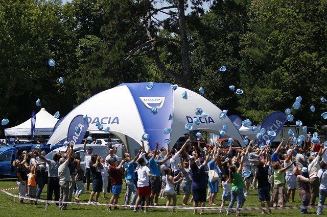 Prima intalnire a posesorilor Dacia din Romania