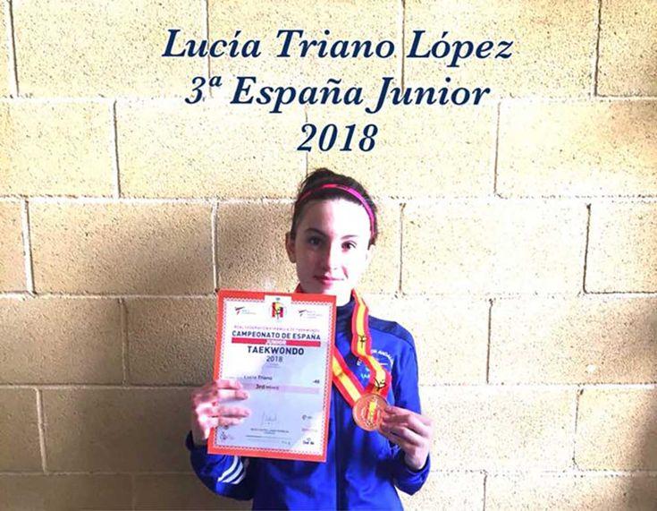 El CD Taekwondo Korean Style ha participado este Sábado 24 de Febrero en el Campeonato de España Junior, clasificatorio para el Mundial 2018, donde Lucía Triano López representó a Vélez-Málaga y Torre del Mar en la categoría de Combate -46 Kg Femenino.