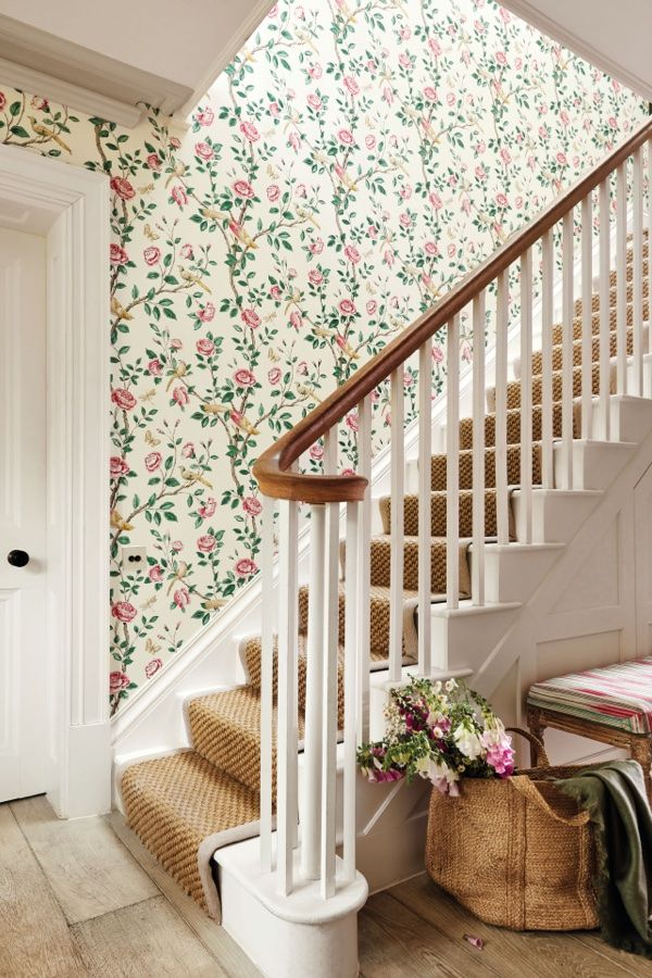 Andhara By Sanderson Rose Cream Wallpaper 216795 In 2020 Classic Wallpaper Wallpaper Morris Wallpapers